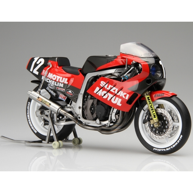 1/12 BIKESeries NO.2 YOSHIMURA・SEA BASSGSX-R750 1986年鈴鹿9小時耐力賽參戰式樣