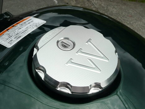 【AGRAS】油箱蓋外蓋 - 「Webike-摩托百貨」
