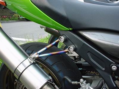 Striker system 鈦合金排氣管支架
