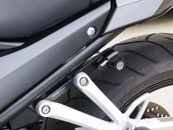 LightenMax乾式碳纖維安全帽鎖
