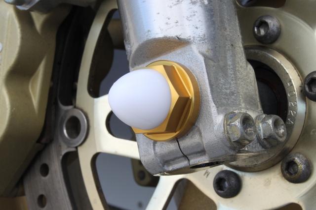 鋁合金前輪軸螺帽M14 金色