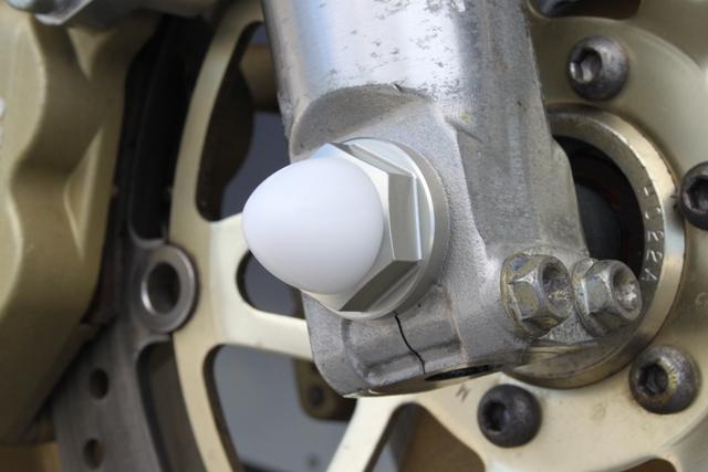 鋁合金前輪軸螺帽M14 硬陽極處理
