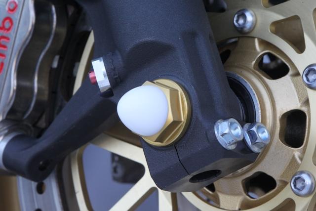 M18 鋁合金前軸螺絲 (金色)