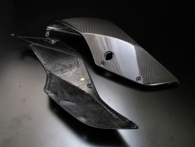 乾式碳纖維車尾整流罩組