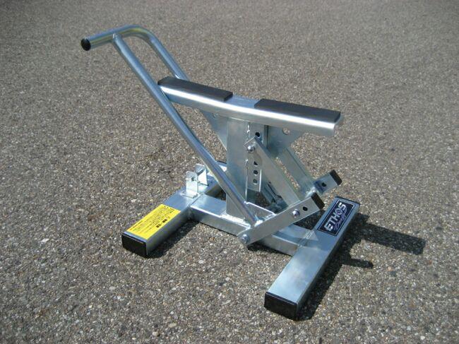 越野車駐車架 (Type 2)