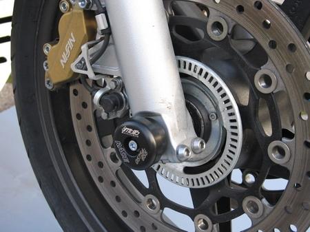 前軸保護滑塊 (防倒球) 軸貫通型