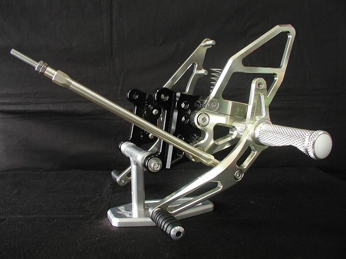 腳踏後移套件 (TRX850用)