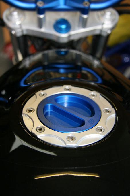 OBERON 油箱蓋套件