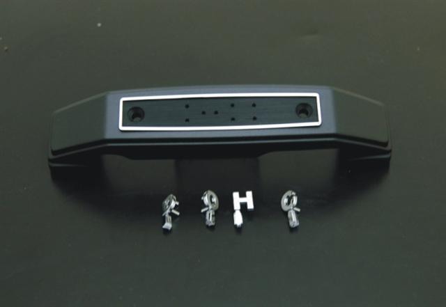 前叉飾蓋銘版 『DOHC』