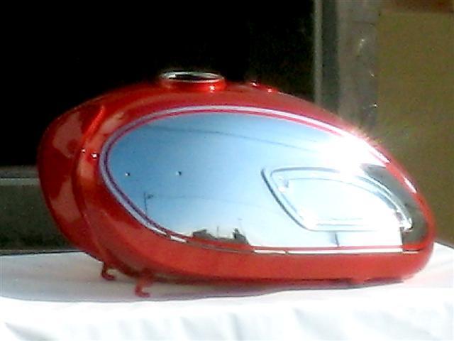 W1S 油箱 (烤漆塗裝完成)