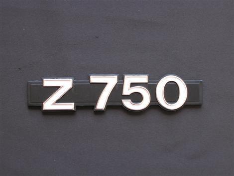 車身側蓋銘版 (標誌)
