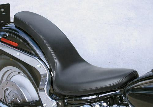 Smooth cobra 坐墊