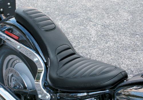 Deluxe Cobra坐墊