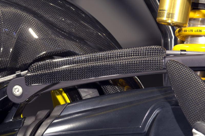 【ILMBERGER】碳纖維煞車油管護蓋 - 「Webike-摩托百貨」