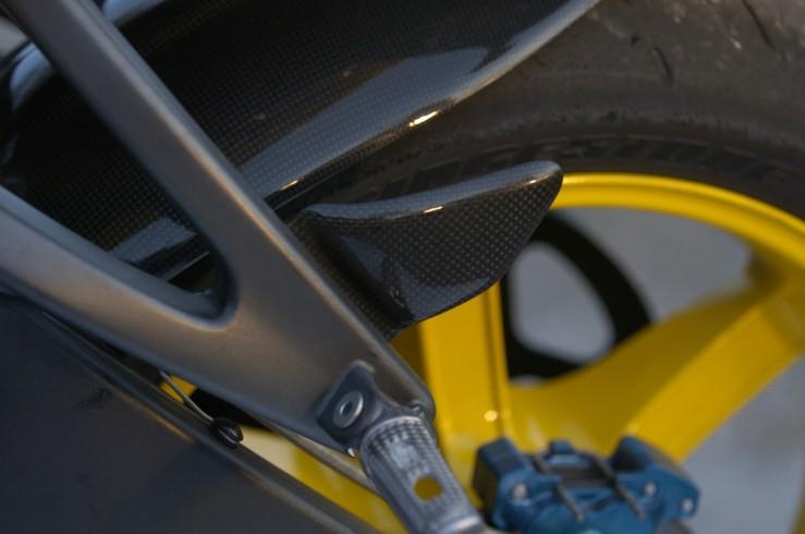 後碳纖維腳跟護蓋 (左右2個一組)