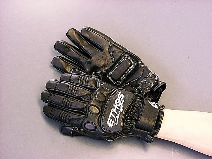 EZ・ON 騎士手套