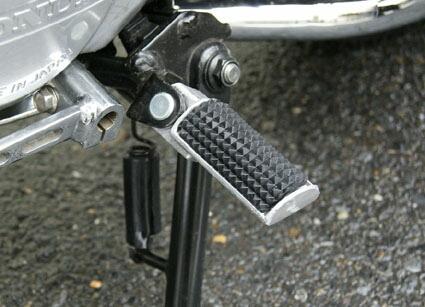 鋁合金・橡皮腳踏