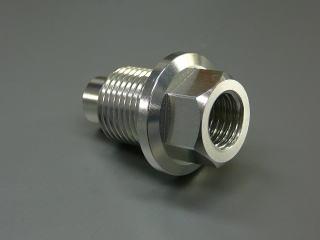 雙油管維修零件 汽缸頭機油出油口轉接座