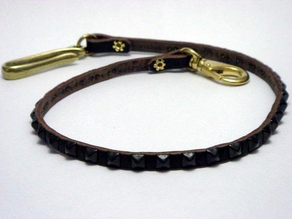 皮夾繩 VWCD2-BLACK (PYRAMID STUDS)
