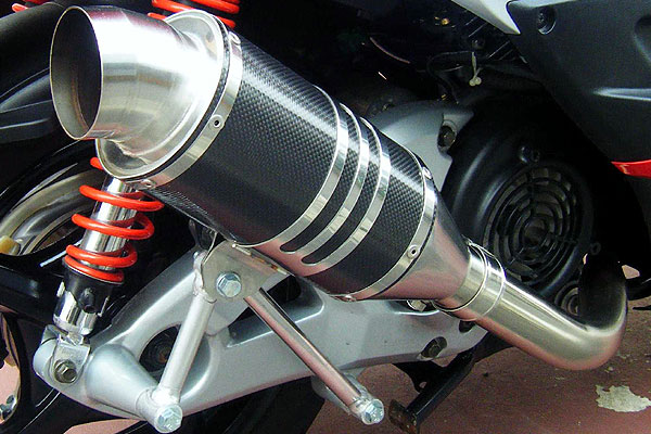 RSY Spider 碳纖維全段排氣管:Jog Deluxe (SA39J)用