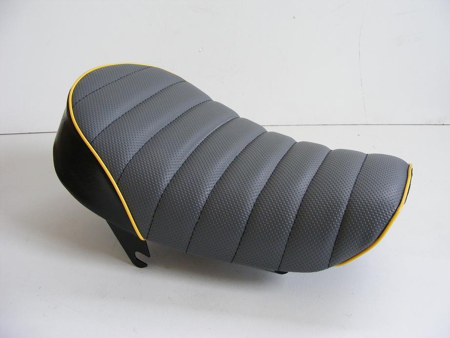 【田中商會】Tuck Roll 坐墊 灰色×黃色滾邊 - 「Webike-摩托百貨」