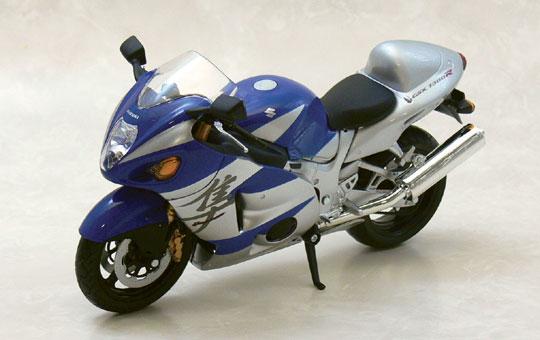 [完成品模型車] SUZUKI GSX1300R HAYABUSA