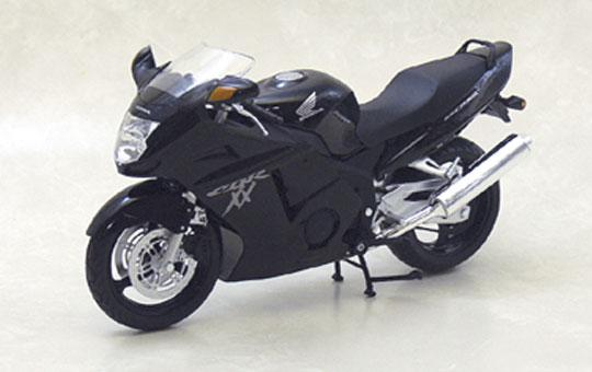 【青島文化教材社】[完成品模型車] HONDA CBR1100XX Super Blackbird - 「Webike-摩托百貨」