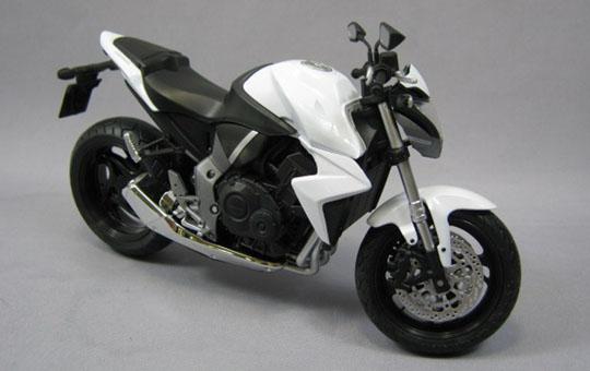 [完成品模型車] HONDA CB1000R