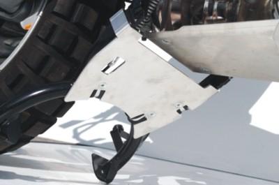 引擎護板延伸(中駐)