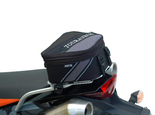 TOURATECH製大行李架用後貨架包