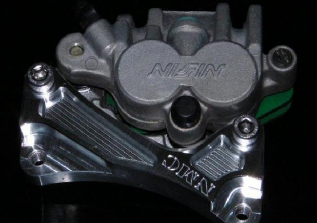 φ320 標準型煞車卡鉗座