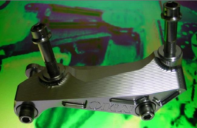 φ320Brembo 100mm輻射煞車卡鉗座