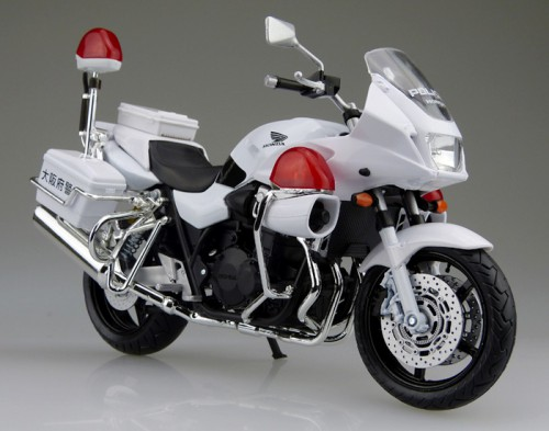 【青島文化教材社】[完成品摩托車模型] 1/12比例 HONDA CB1300P (白Bike) 大阪府警局