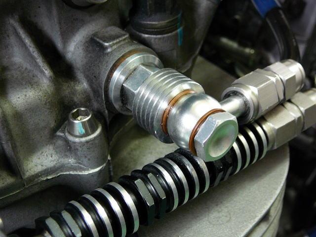 機油油管冷卻器