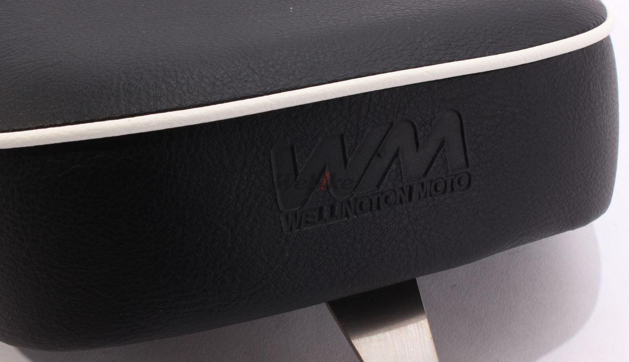【WM】中型雙座坐墊 I((白色線條)) - 「Webike-摩托百貨」
