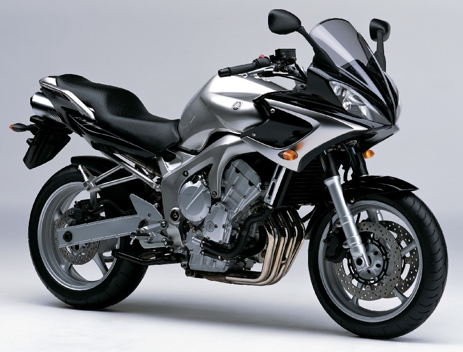 YAMAHA&nbsp;FZ6-S FAZER