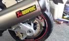 【AKRAPOVIC】e1型式 Line 不銹鋼排氣管尾段 (碳纖維尾蓋)  - 「Webike-摩托百貨」