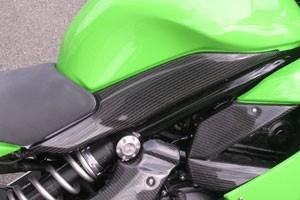 【A-TECH】油箱側護蓋 - 「Webike-摩托百貨」