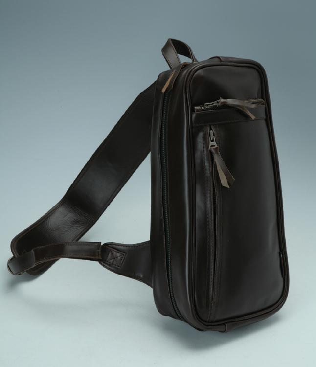 【DEGNER】皮革肩背包 5S-W4T - 「Webike-摩托百貨」