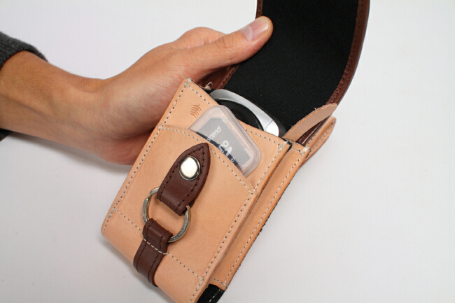 【DEGNER】皮革相機包 - 「Webike-摩托百貨」