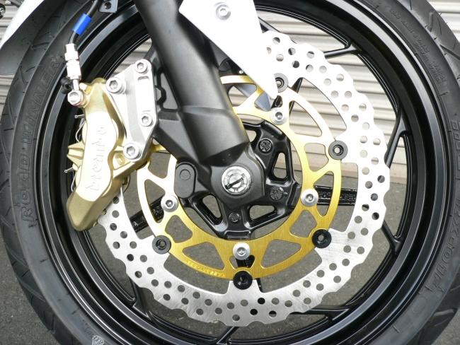 【BEET】310Φ前煞車碟盤加大套件及Brembo卡鉗 (65mm)組 - 「Webike-摩托百貨」
