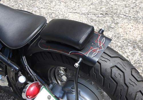 【EASYRIDERS】EZ 復古型後坐墊 (黒色) - 「Webike-摩托百貨」