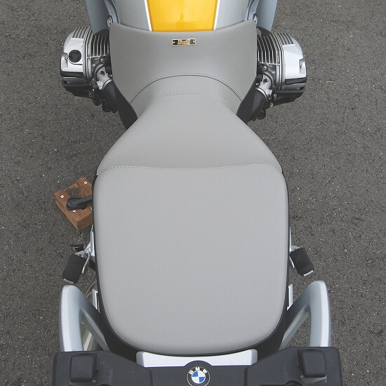 【K&H】Medium 雙色坐墊 - 「Webike-摩托百貨」