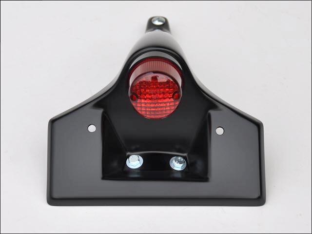 【CHIC DESIGN】警示燈型式尾燈 - 「Webike-摩托百貨」