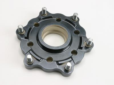 【DYMAG】【維修配件】 後齒盤中心固定板 (無軸承、只有本體) - 「Webike-摩托百貨」