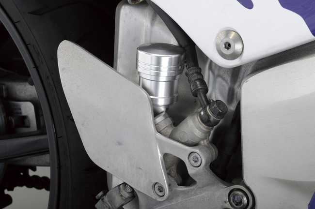 【POSH】切削加工 後煞車主缸油壺 - 「Webike-摩托百貨」