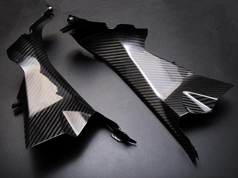 【RidingHouse】霧面乾式碳纖維導風管蓋 - 「Webike-摩托百貨」