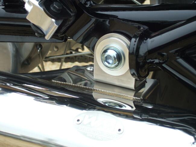 【WM】FI-SR 排氣管固定支架 - 「Webike-摩托百貨」