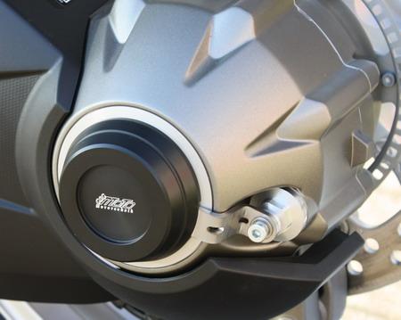 【GSG MOTOTECHNIK】後軸保護滑塊 (防倒球) 左 - 「Webike-摩托百貨」