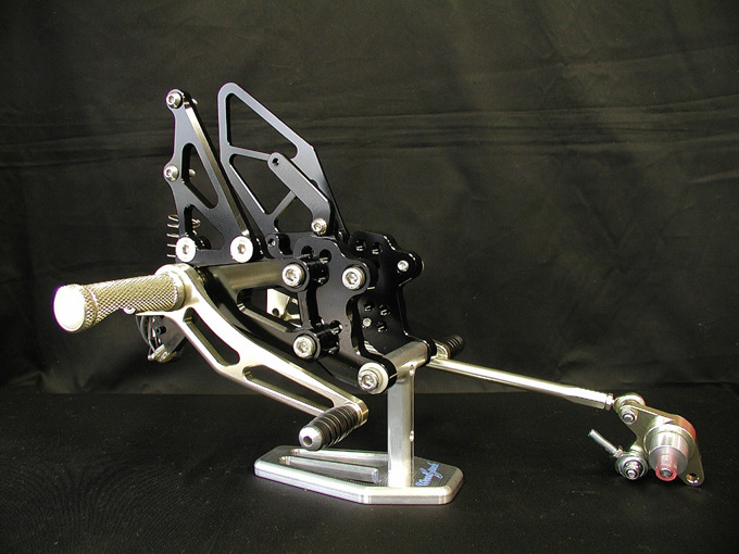 【WOODSTOCK】腳踏後移套件 (CBR600RR 03-06用) - 「Webike-摩托百貨」